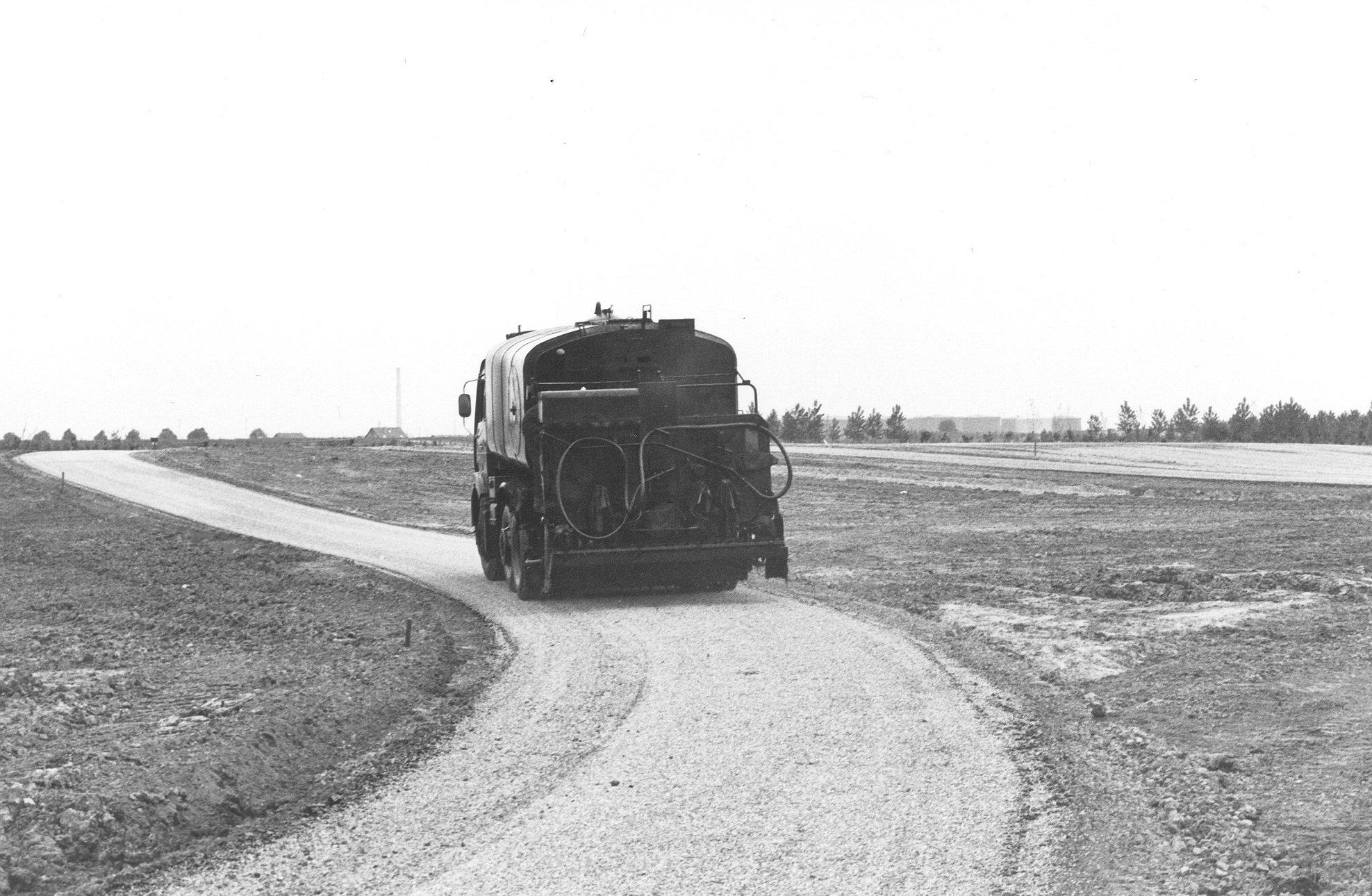 M81-14