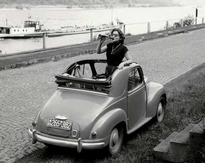 1955-Entlang-des-Rheins-Fiat-500-C