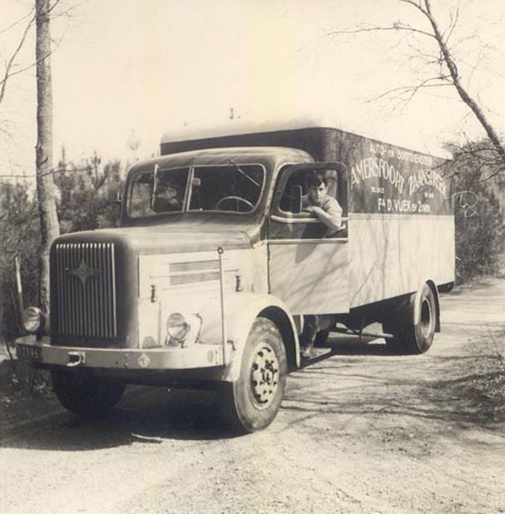 Henk-Schaatsbergen-Mijn-eerste-truck-Hogra-Amersfoort-Zaanstreek-bodedienst