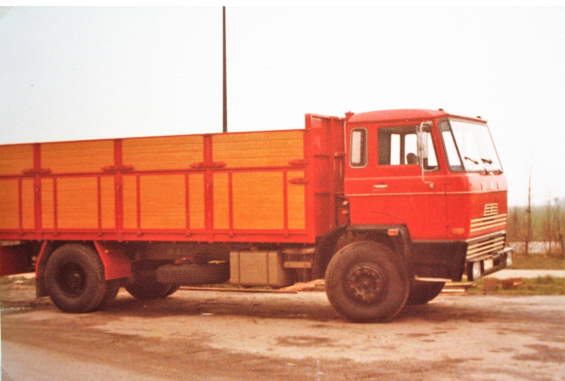 DAF-bulkauto-is-ook-door-Rondaan-in-Beetgm-gebouwd-1