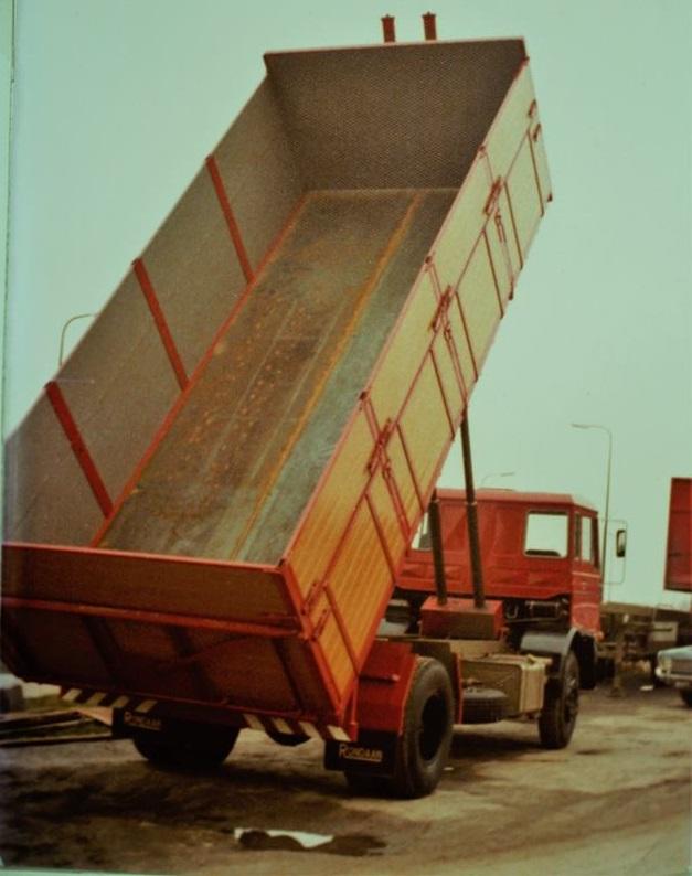 DAF-bulkauto-is-ook-door-Rondaan-in-Beetgm-gebouwd-2
