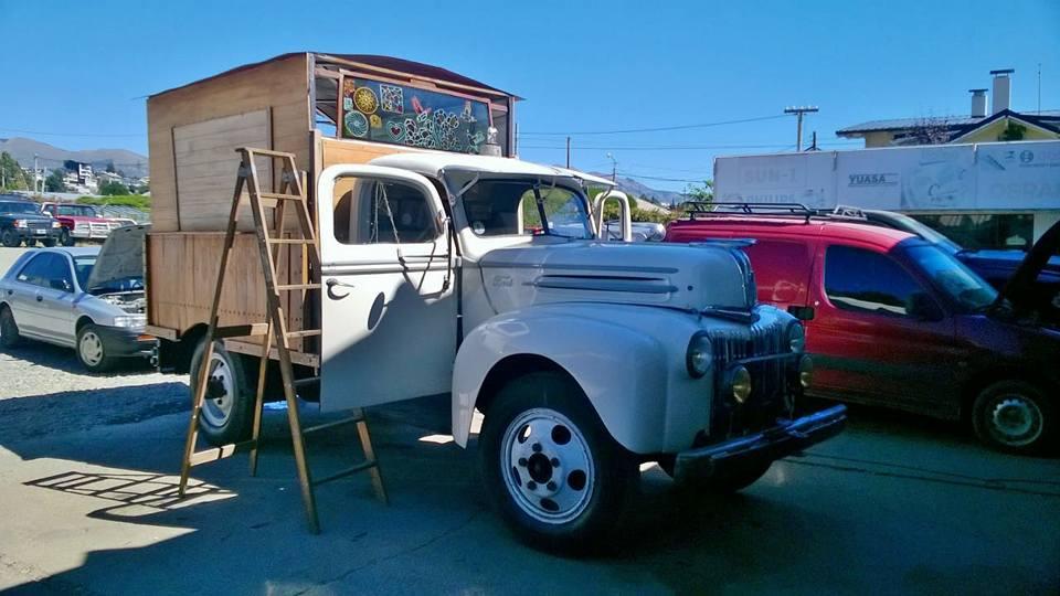 Ford-51-gentileza-del-amigo-emilio-de-San-Carlos-de-Bariloche-Quilmes-Argentinia-3
