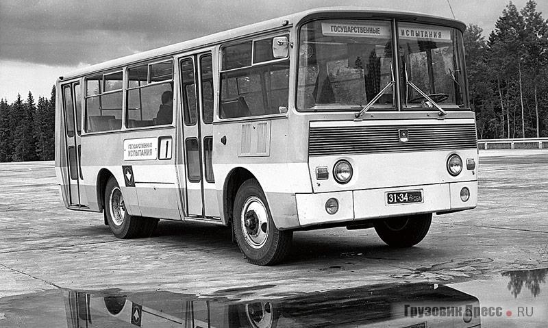 PAZ-665_1967