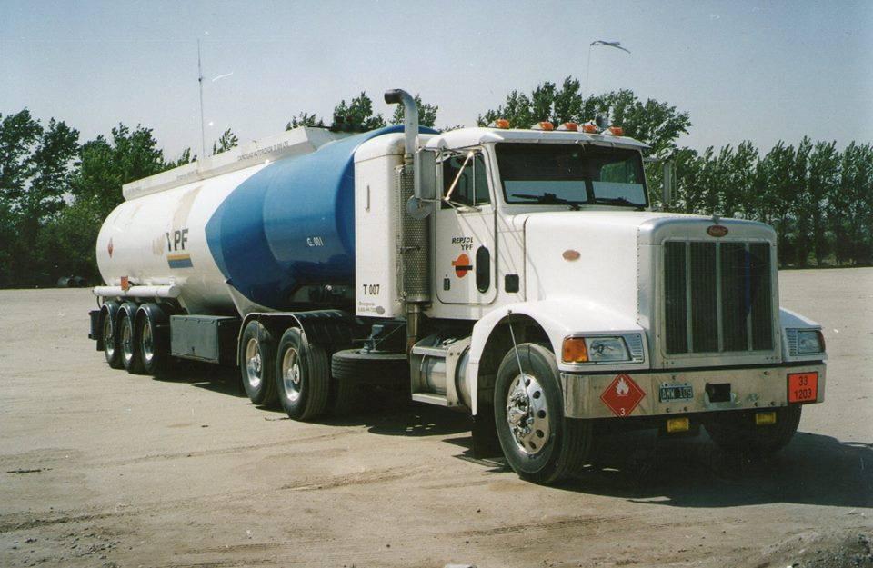 Peterbilt-Truck-3