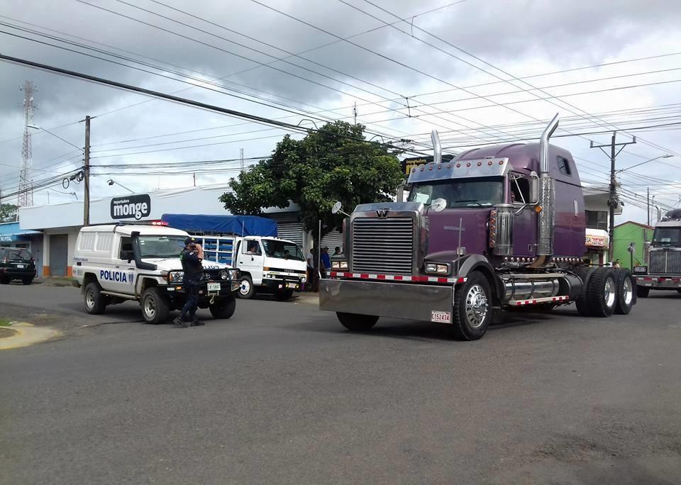 Western-Star-Costa-Rica[1]