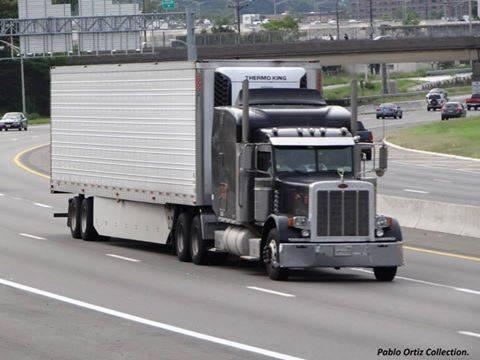 Peterbilt_Truck-16