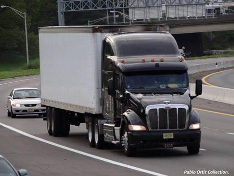Peterbilt_Truck-17