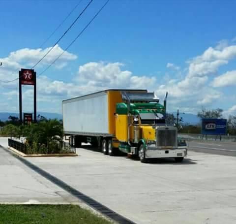 Peterbilt_Truck-21