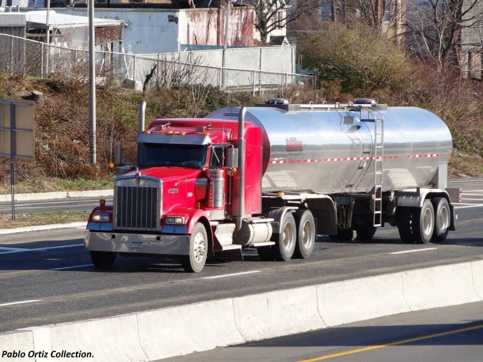 Peterbilt_Truck-6
