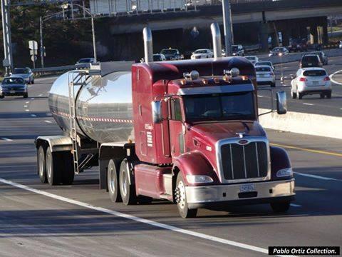 Peterbilt_Truck-8