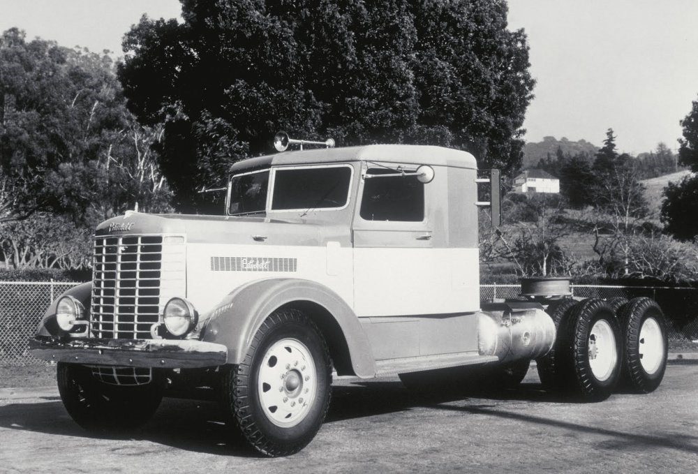Peterbilt-1940