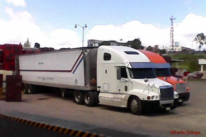 Freightliner-_-USA-2