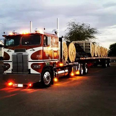 Freightliner-_-USA-8