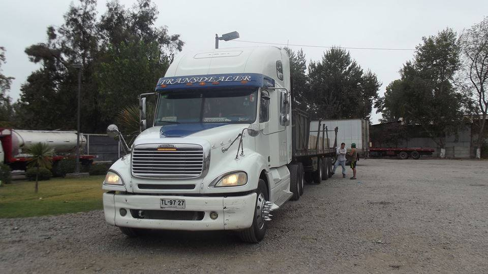 Freightliner-12