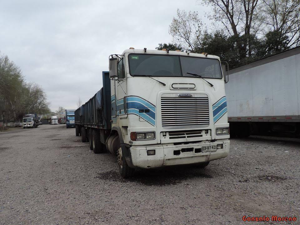 Freightliner-36