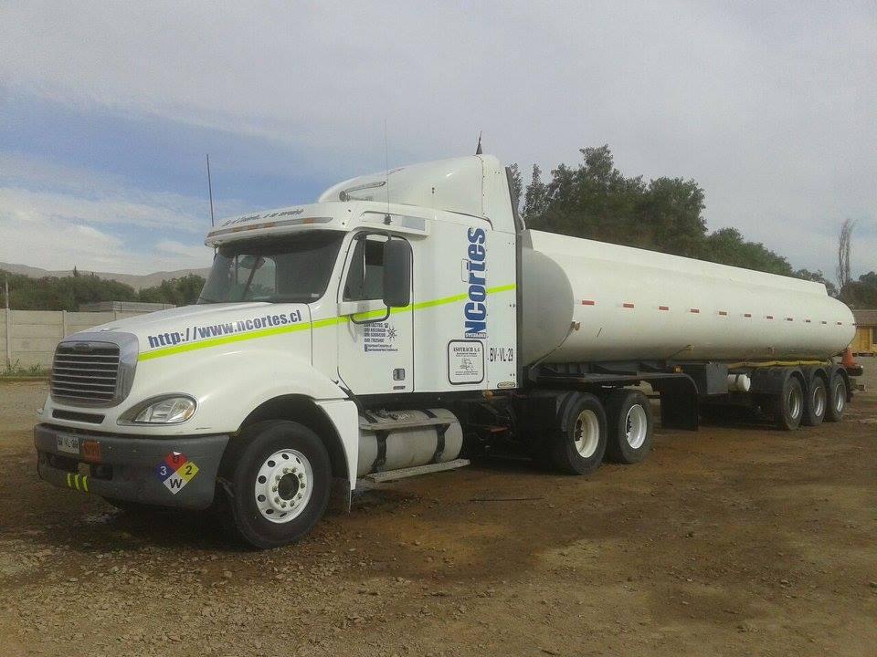 Freightliner-48