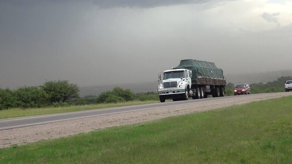 International-Camion-18