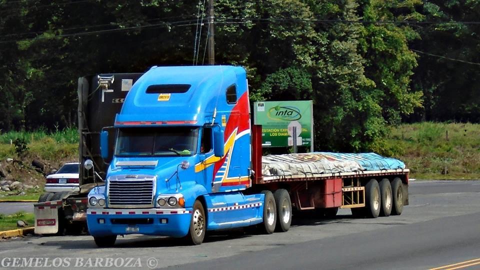 Freightliner-24