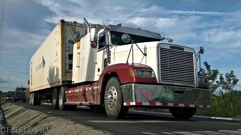 Freightliner-26