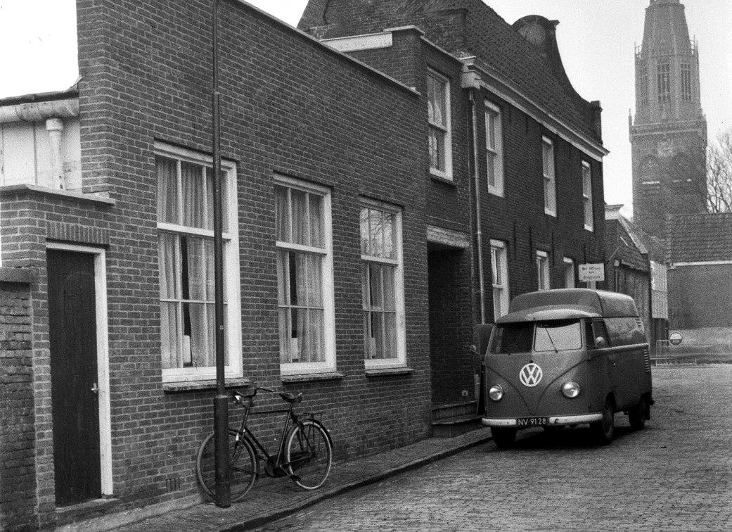 1962-Enkhuizen-Zwaanstraat