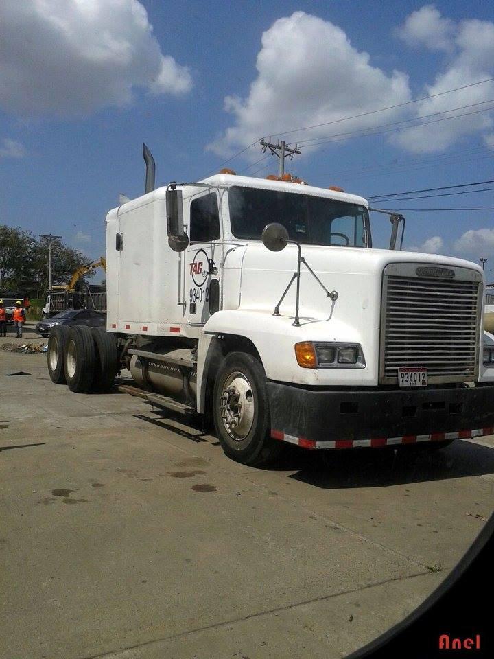 Freightliner-6