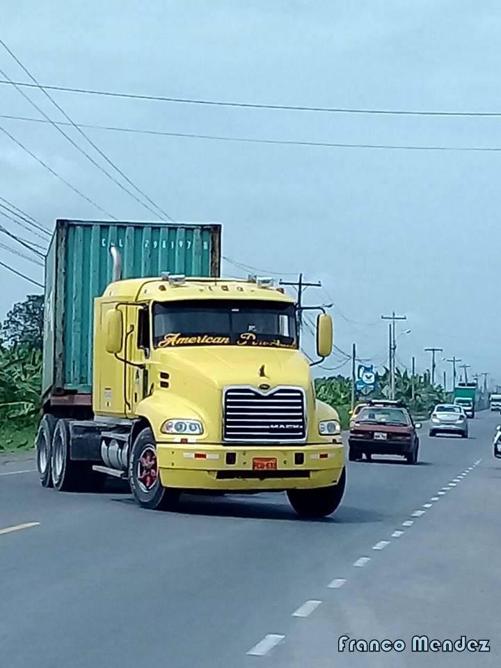 Mack-Camion-8