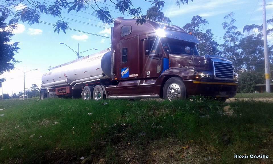 Freightliner-1