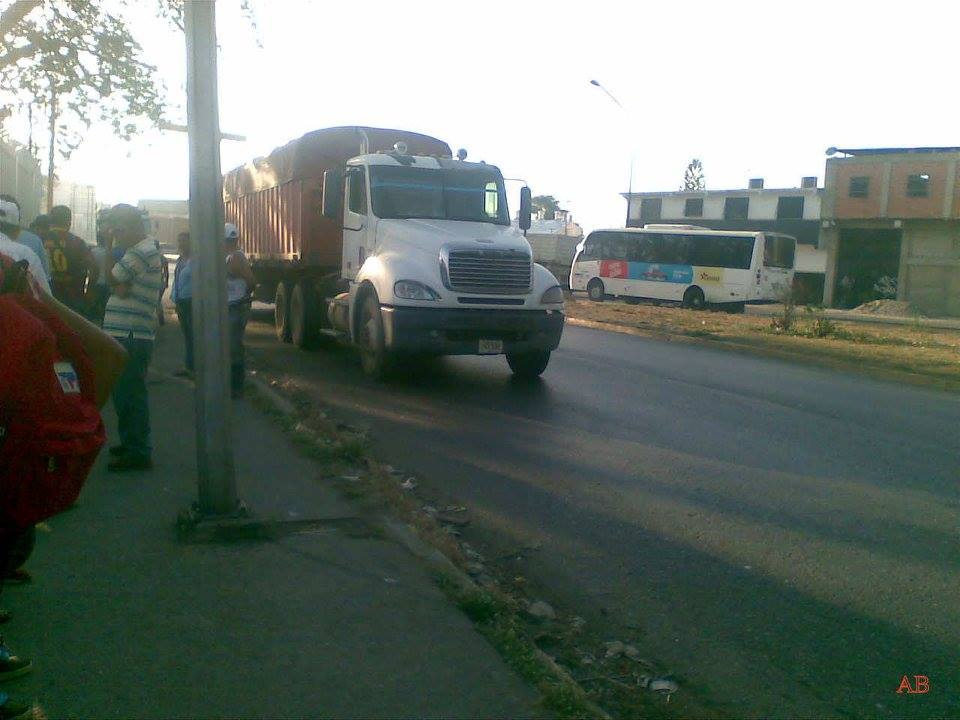 Freightliner-_Camion-18