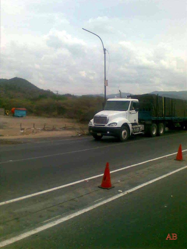Freightliner-_Camion-19