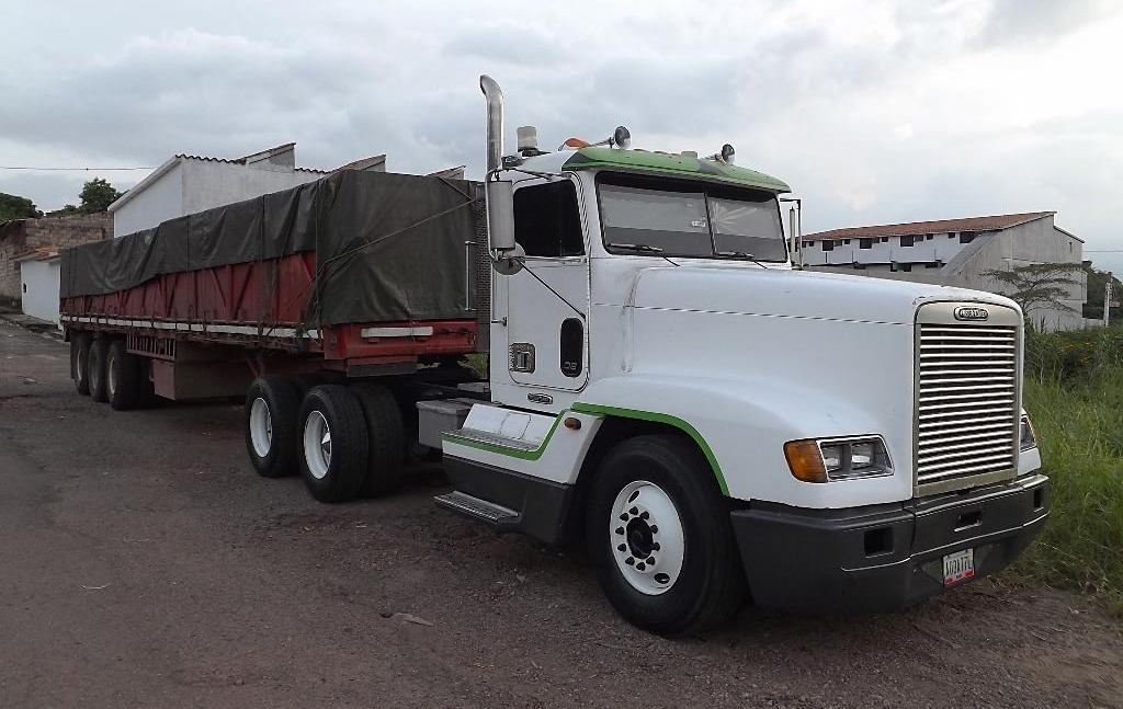 Freightliner-_Camion-24
