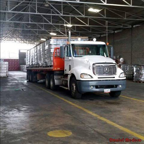 Freightliner-_Camion-27