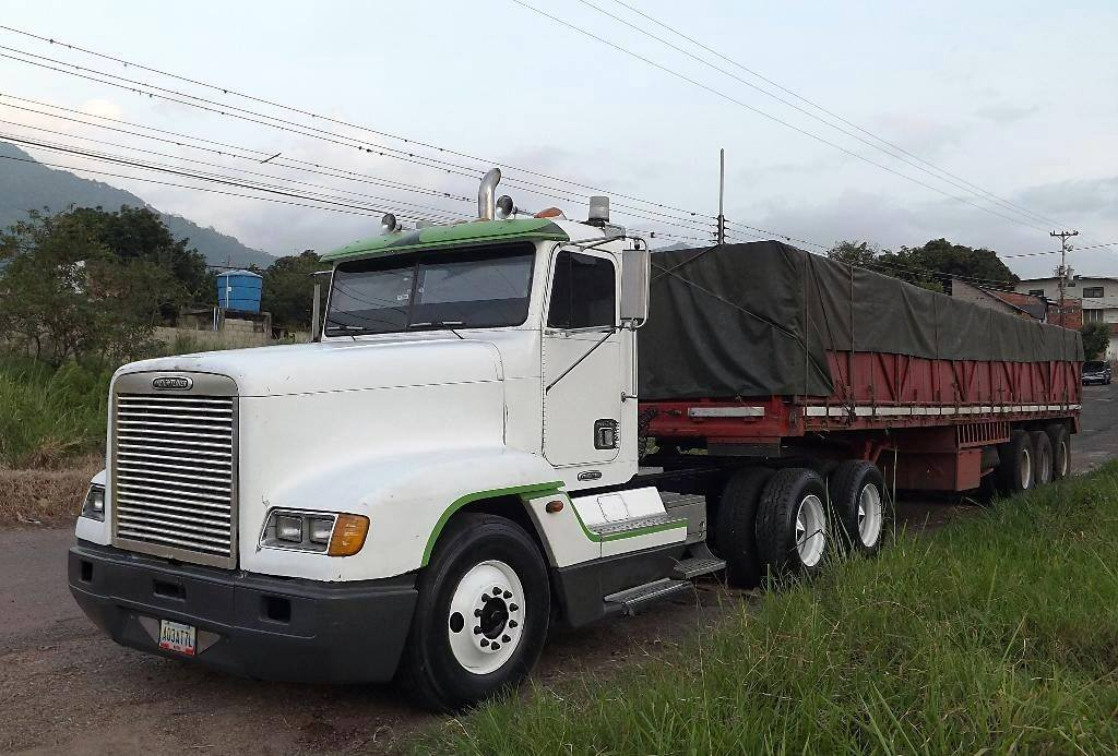 Freightliner-_Camion-28