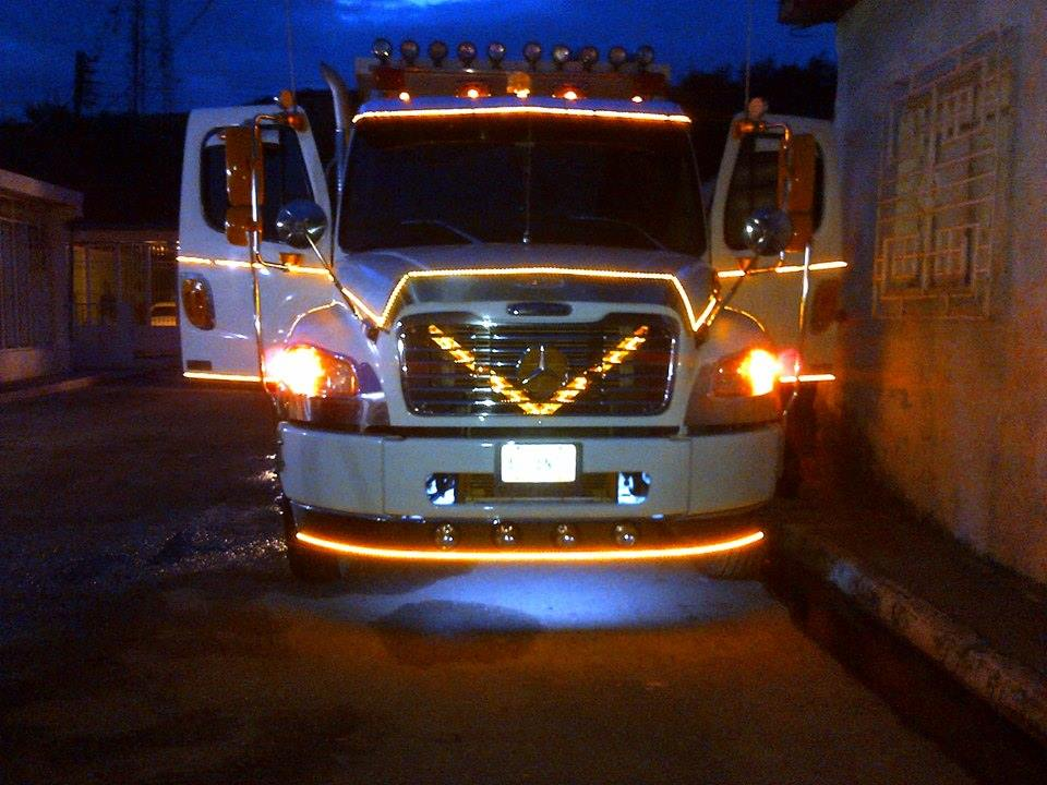 Freightliner-_Camion-7