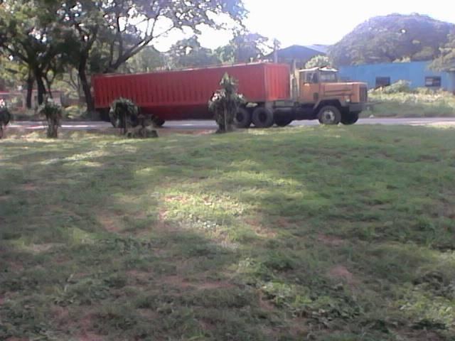 International--_-Camion-2