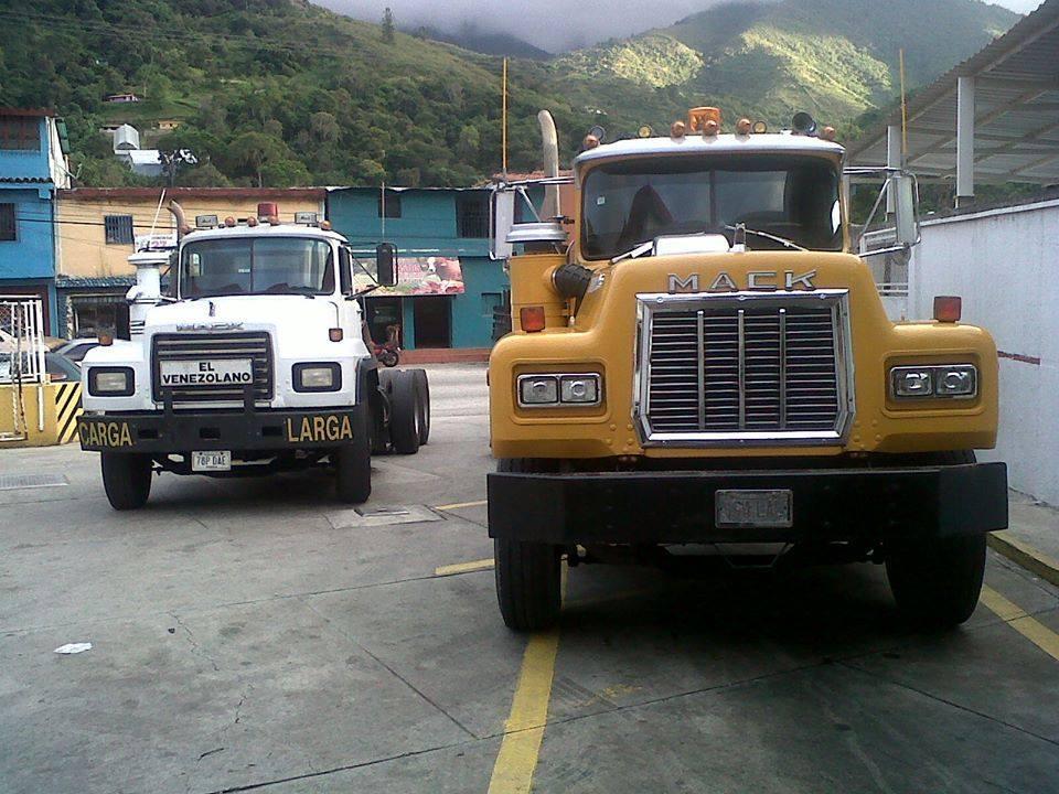 Mack_Camion-25