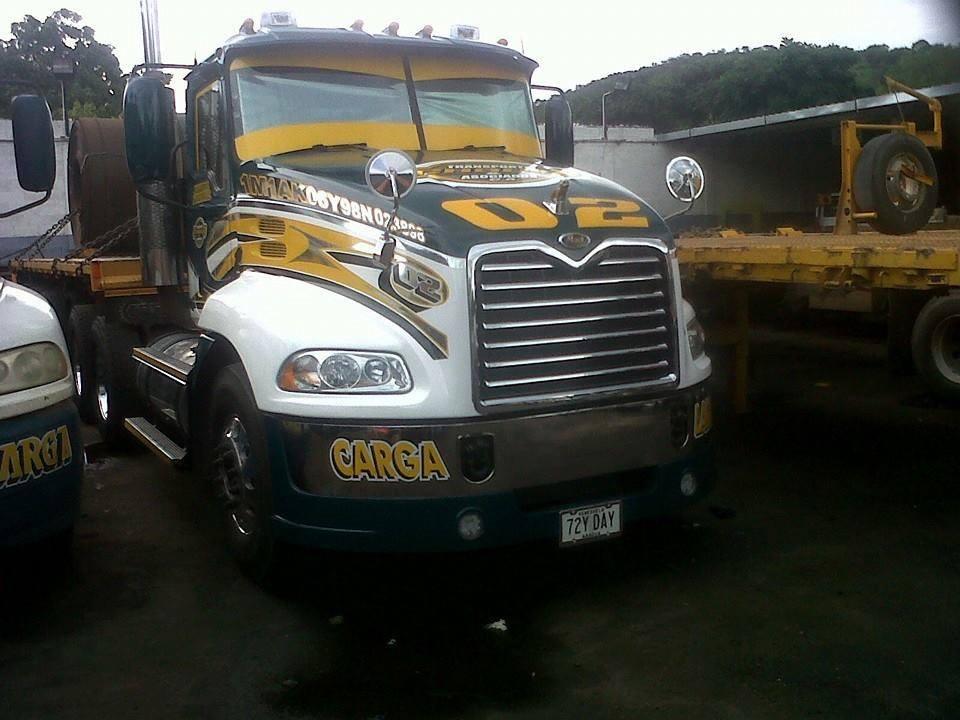 Mack_Camion-8