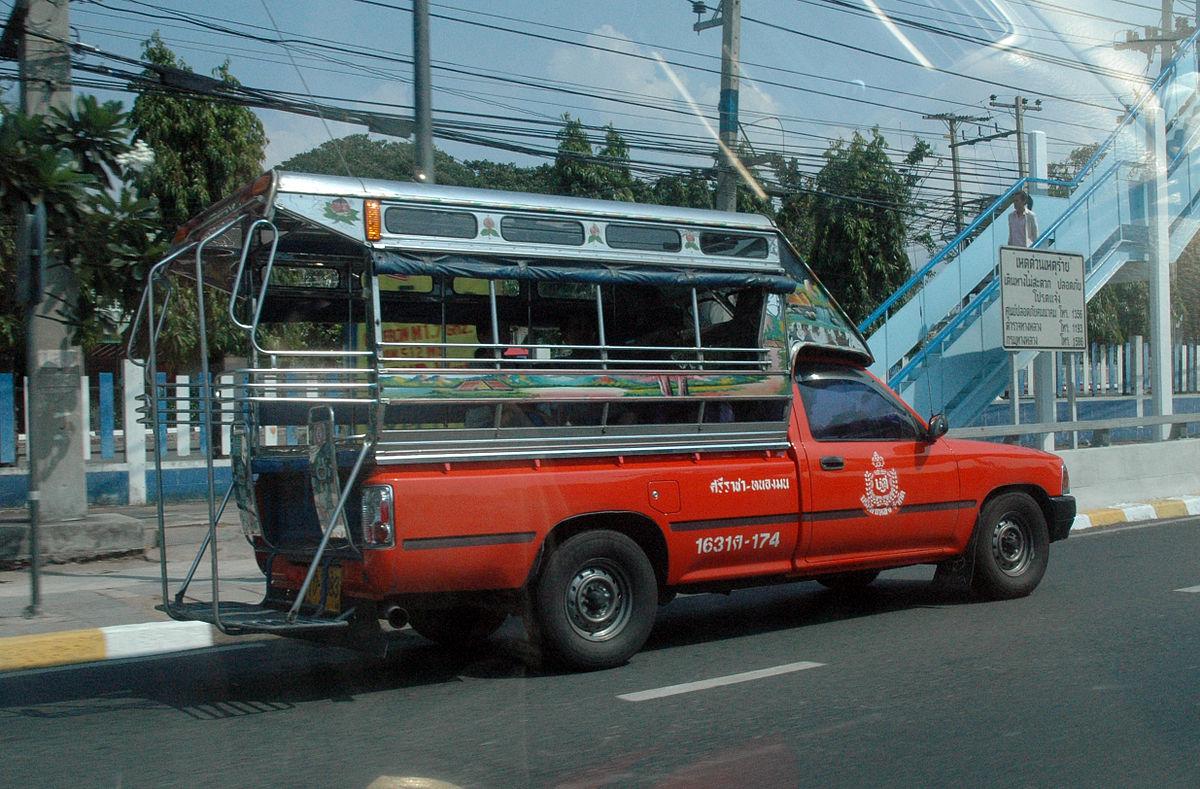Truck_with_Mini-bus_back_-_through_window_-_Sriracha_Thailan