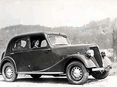 Renault-Novaquatre--BDJ--BDR--a-80-ans-1938-a-1940-1