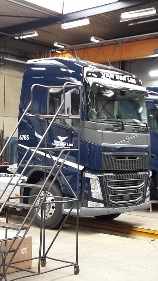 Volvo--nu-in-blauw-en-andere-nummering-10-3-2018