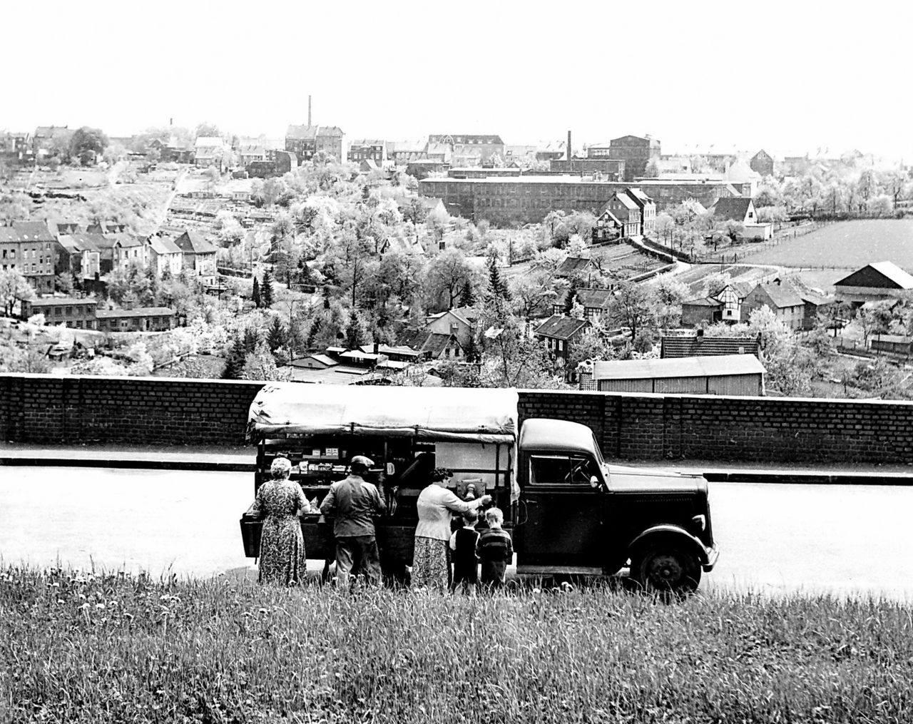 Opel-Blitz-1-5-ton-Miesen-carr--1954-Solingen