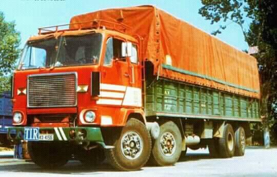 Volvo-F88-eerste-type-8X2
