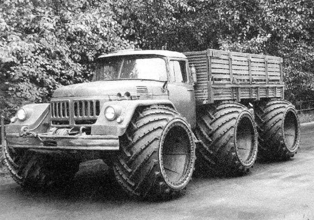 ZIL-132-6x6-Monster-Truck-3