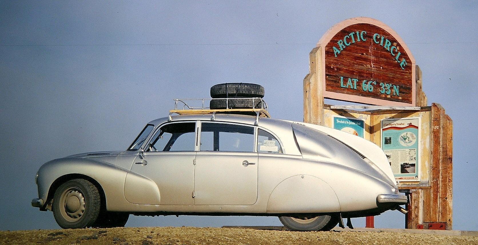 Tatra-op-het-wenceslas-in-1954