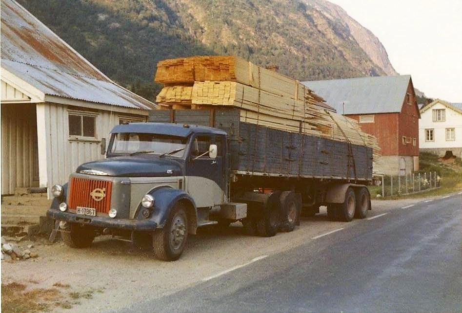 Volvo-495-6X2