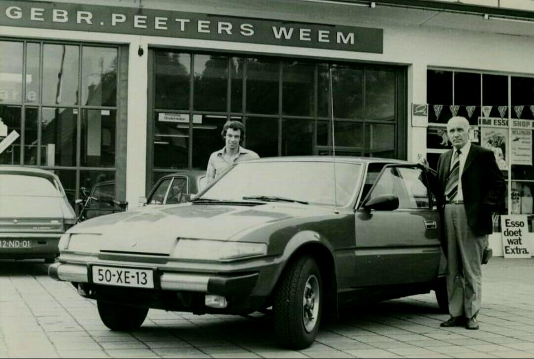 Rover-3500-at-a-Dutch-dealership---1978