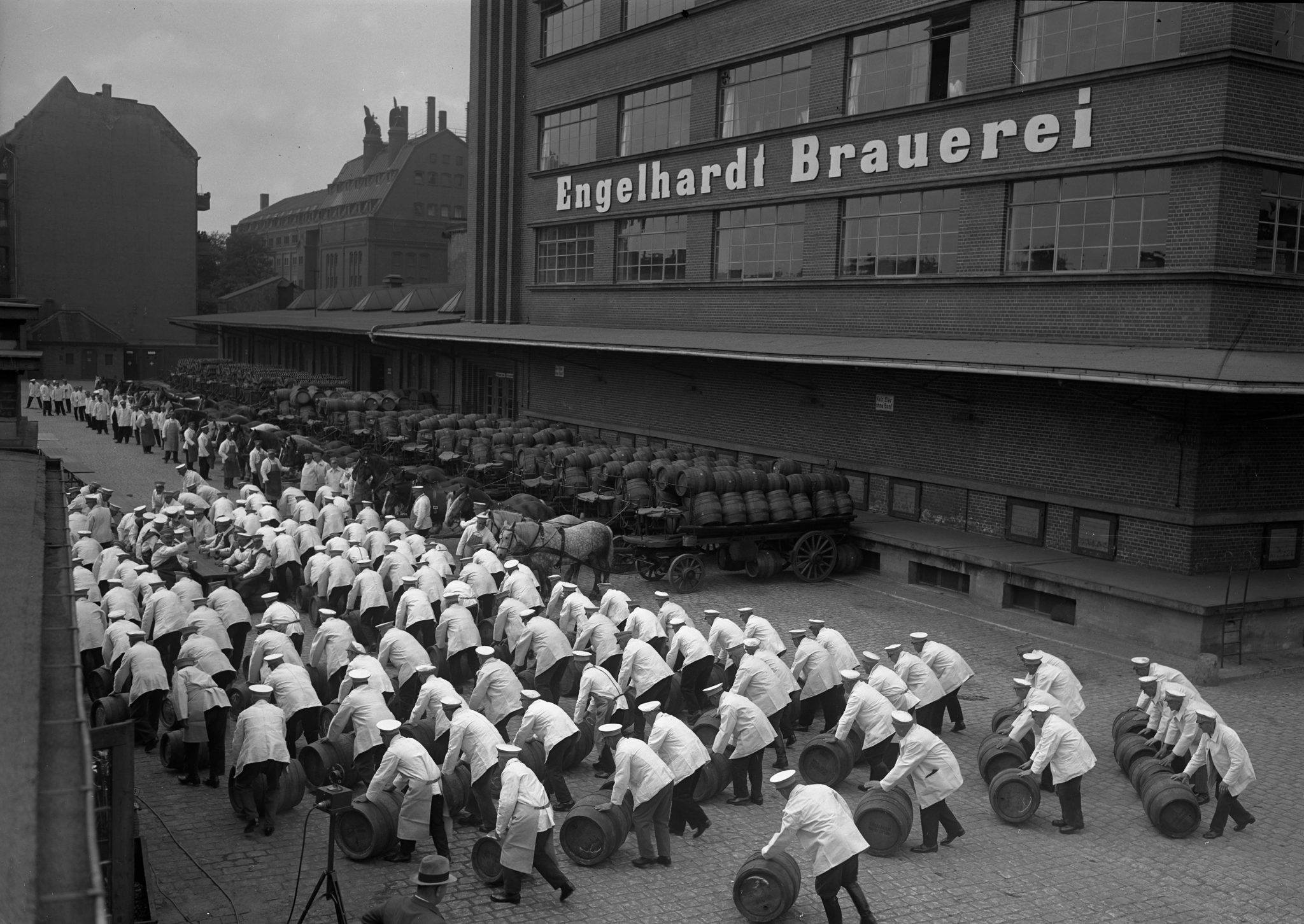 1932-Berlin-Engelhardt-Brauerei