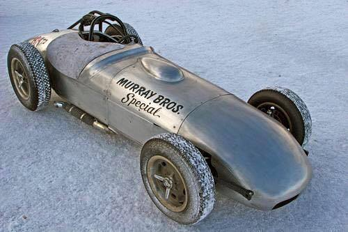 An-Indy-car-in-Bonneville-desguise