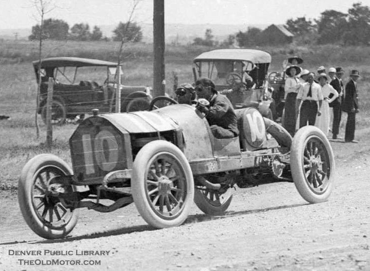 early-1900-s-racing-at-Overland-Park-in-South-Denver