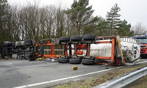 A1-ongeval--Apeldoorn-26-3-2018