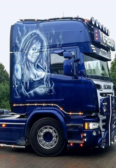 Scania-Bleu